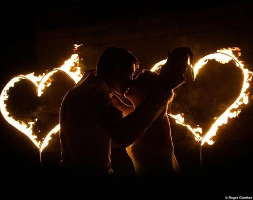 Hochzeitsfeuershow Romantische Feuershow Zur Hochzeit Auch Als